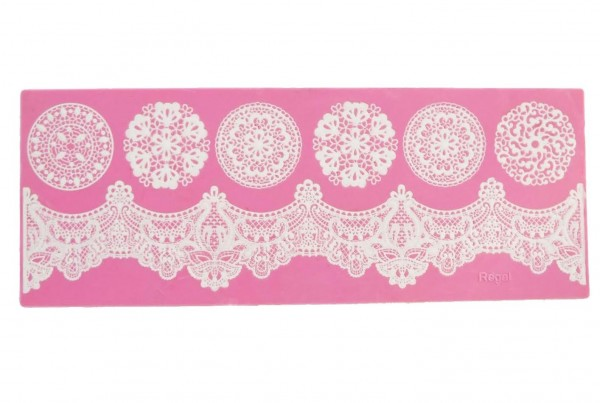 "Claire Bowman - Cake Lace Mat  ""Regal"""